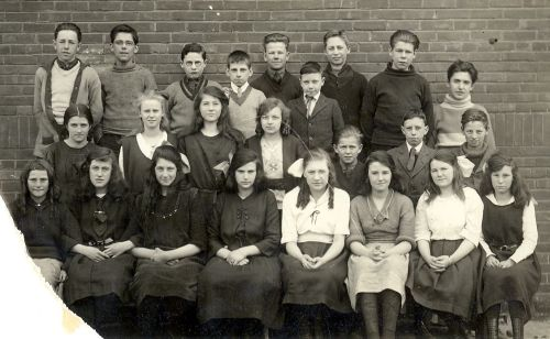 George Syme School,  Toronto. Entrance Class of 1922